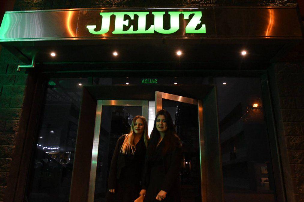 Jeluz realizo la presentación oficial de los nuevos Interruptores Diferenciales y Termomagnéticos y las tapas Verona Mito