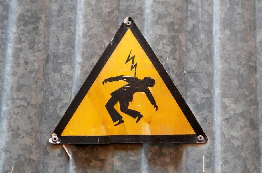 Dos hombres murieron electrocutados al intentar conexión clandestina en Santa Fe