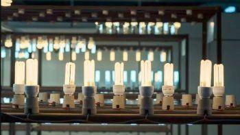 Lámparas piratas presentan riesgos de sobrecalentamiento, choque eléctrico y cortocircuito