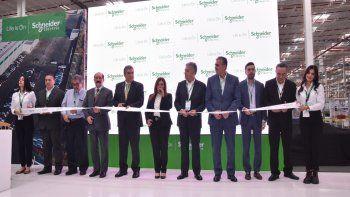 Schneider Electric inaugura la primera fábrica inteligente en México con innovadoras soluciones EcoStruxure