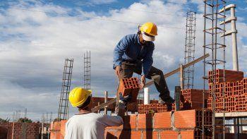 Construcción: desarrolladores apuran obras por temor a nuevos cierres