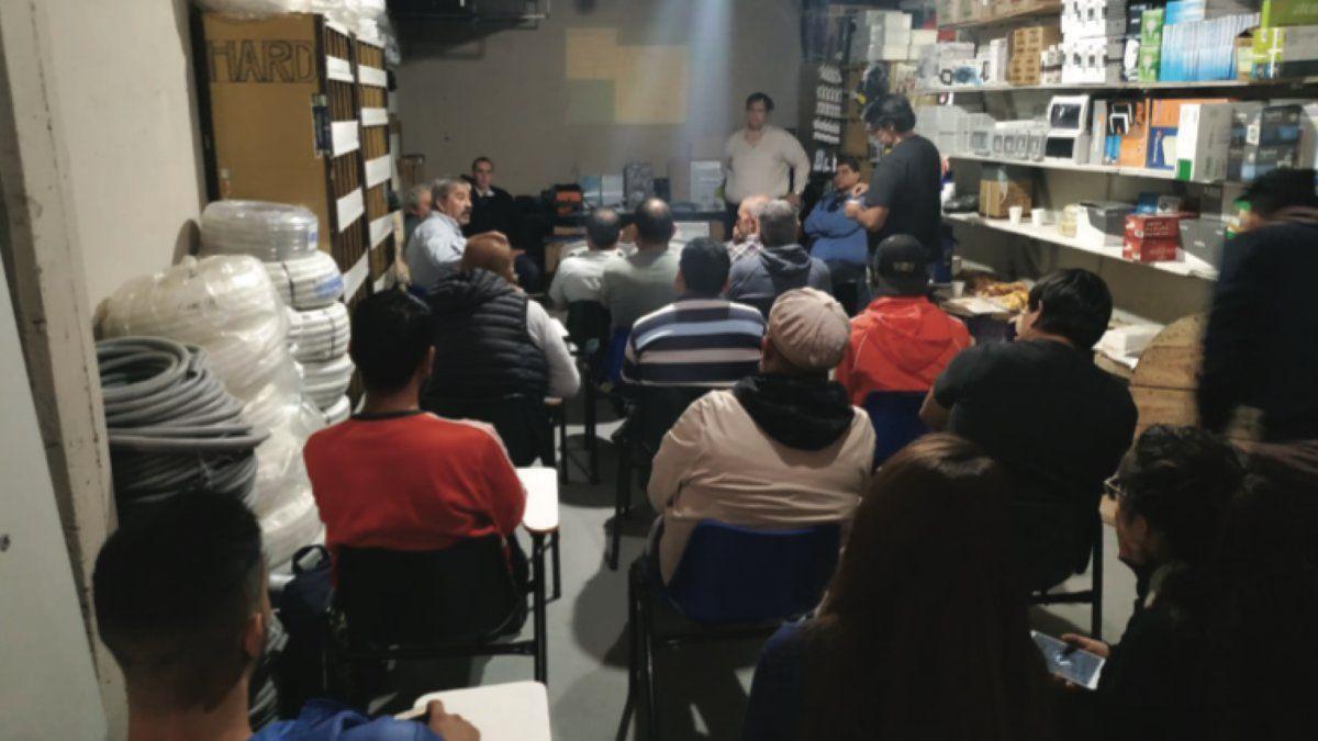 ACATISE: Las distribuidoras ningunean a los profesionales